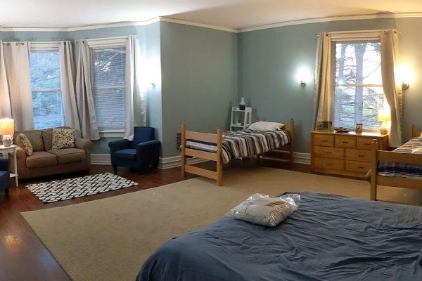 Bedroom 5 - Holy Rosary